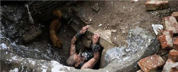 全球最大的下水道貧民窟,居住著6千多人,活著卻是為了等待死亡_圖1