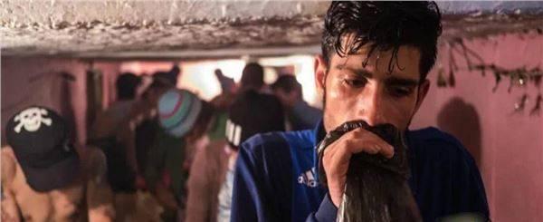 全球最大的下水道貧民窟,居住著6千多人,活著卻是為了等待死亡_圖2