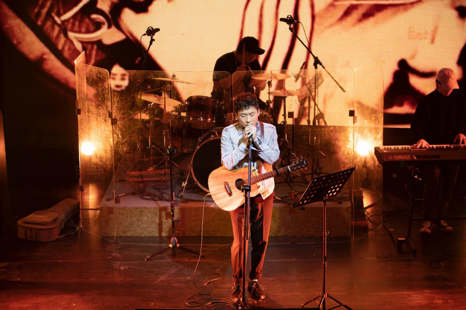 柏松最新单曲《寻常岁月诗》今日上线 用温情歌声诉说岁月静好