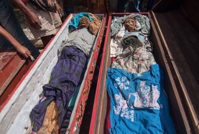 实拍印尼恐怖祭祀仪式做暖小视频xo免费小泽玛利亚全集,竟将亲人尸骨挖出装扮!(2)